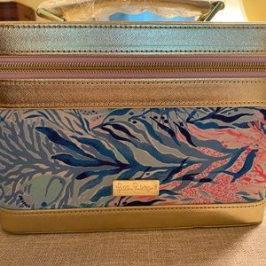 Lilly Pulitzer Train Case w/ brush set NEW